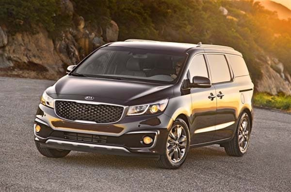 2015 Kia Sedona First Review: A new take on minivans