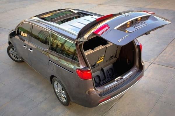 2015 Kia Sedona: Minivan Cool 25