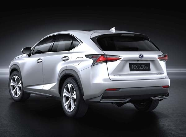 Lexus Lf Nx >> 2015 Lexus NX 200t and 300h Hybrid unveiled - Kelley Blue Book