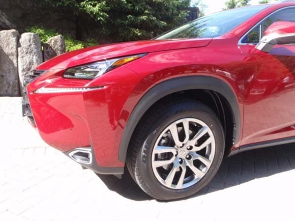 2015 Lexus NX First Review: Mission Probable 7