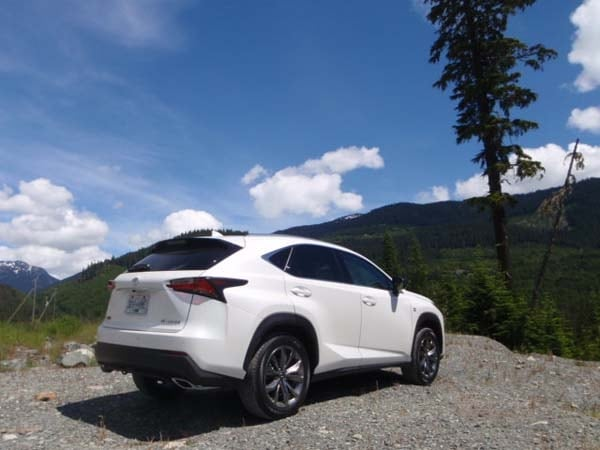 2015 Lexus NX First Review: Mission Probable 14