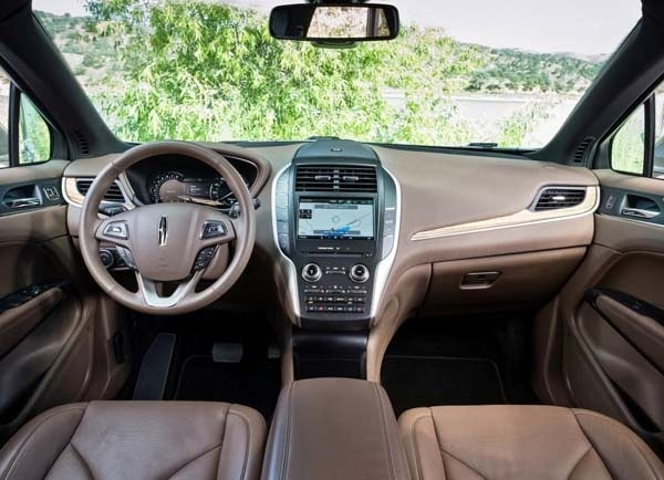 2015 Lincoln MKC First Review: Right place, right time, right on 12