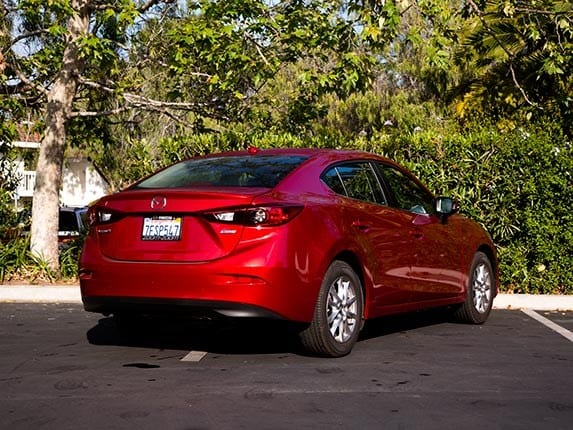 compact car comparison 2015 mazda3 kelley blue book. Black Bedroom Furniture Sets. Home Design Ideas