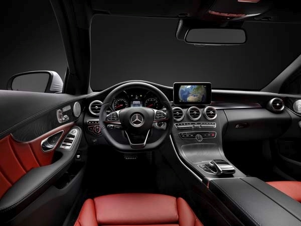 2015 Mercedes-Benz C-Class First Review: A Chip Off the Old S-Class Block 9