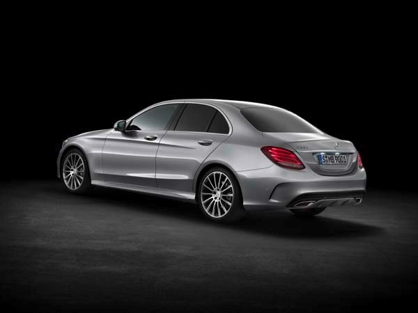 2015 Mercedes-Benz C-Class First Review: A Chip Off the Old S-Class Block 6