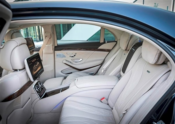 Loans For Credit Under 600 >> 2015 Mercedes-Benz S65 AMG makes debut in Los Angeles - Kelley Blue Book