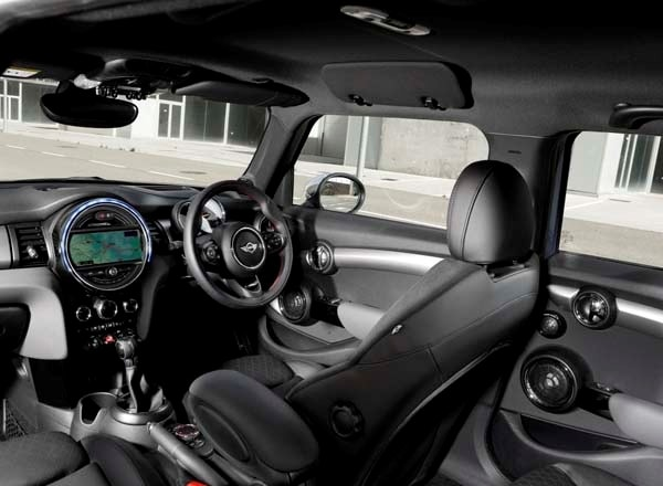mini cooper countryman 2015 interior. 2015 mini hardtop 4door a stretch in size and appeal kelley blue book cooper countryman interior
