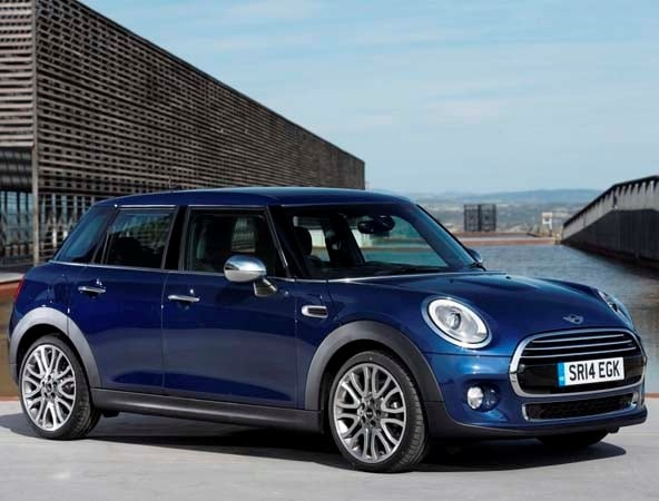 2015 Mini Hardtop 4-door: A stretch in size and appeal 8