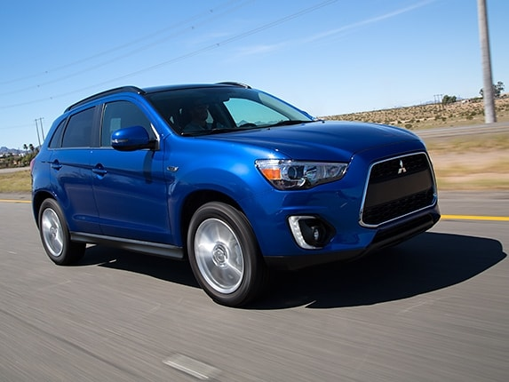 Compact SUV Comparison: 2015 Mitsubishi Outlander Sport - Kelley Blue Book