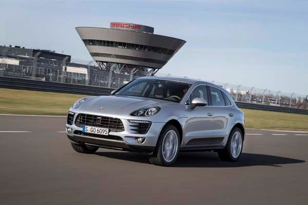 2015 Porsche Macan First Drive: A Hatchback SUV Worthy of the Porsche Crest