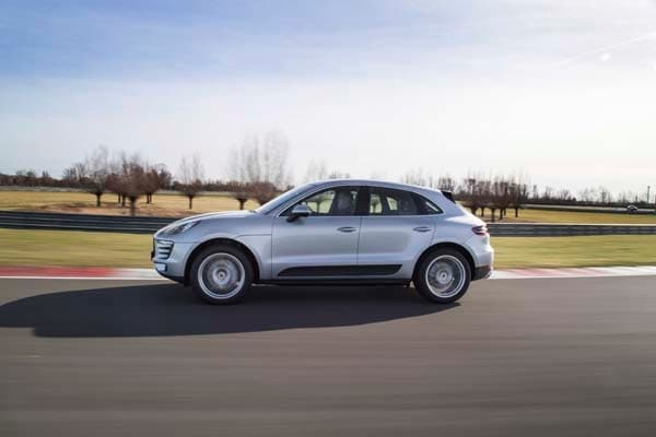 2015 Porsche Macan First Drive: A Hatchback SUV Worthy of the Porsche Crest 1