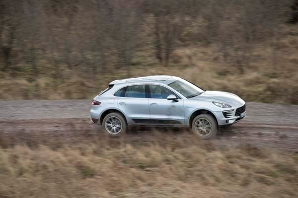 2015 Porsche Macan First Drive: A Hatchback SUV Worthy of the Porsche Crest 4