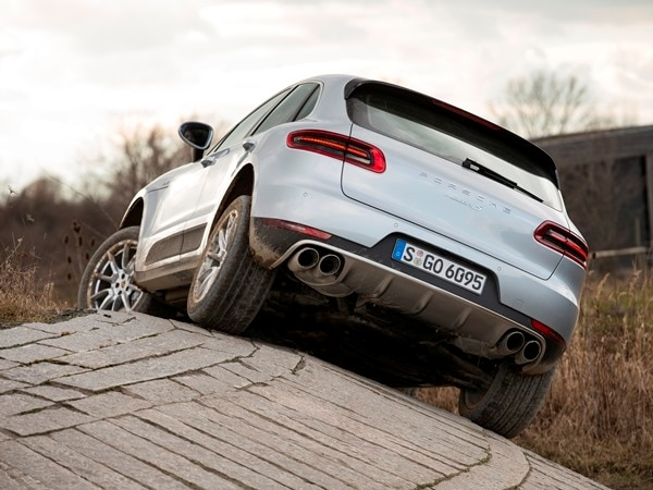 2015 Porsche Macan First Drive: A Hatchback SUV Worthy of the Porsche Crest 7