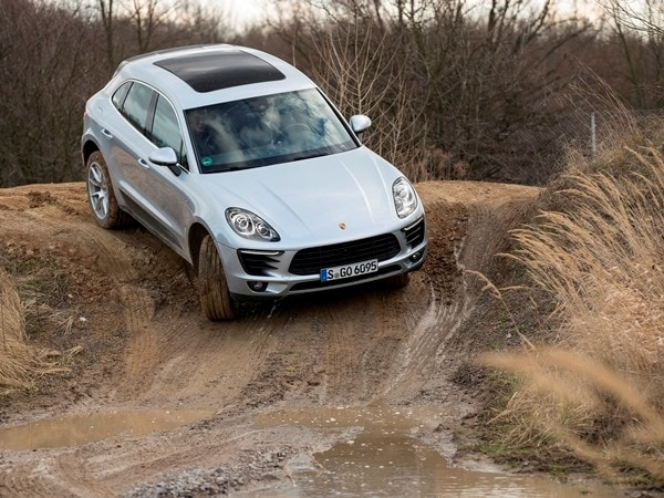 2015 Porsche Macan First Drive: A Hatchback SUV Worthy of the Porsche Crest 8