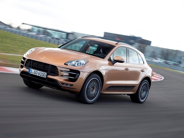 2015 Porsche Macan First Drive: A Hatchback SUV Worthy of the Porsche Crest 24