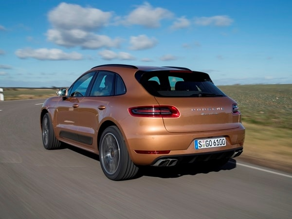 2015 Porsche Macan First Drive: A Hatchback SUV Worthy of the Porsche Crest 26