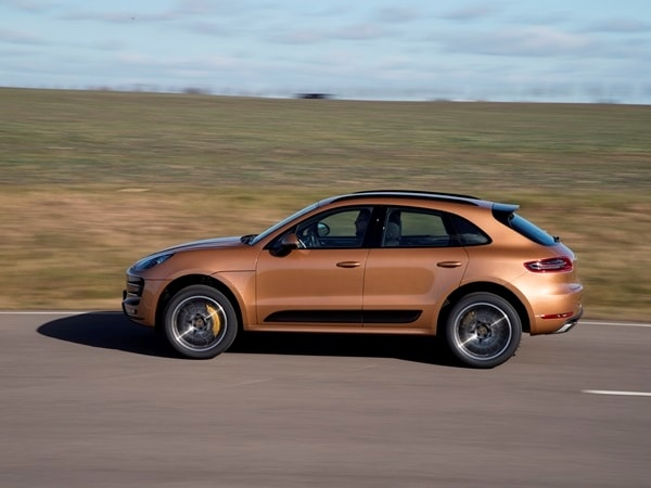 2015 Porsche Macan First Drive: A Hatchback SUV Worthy of the Porsche Crest 25