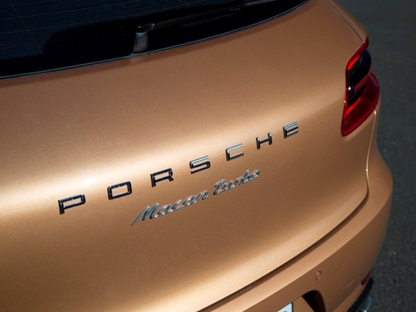2015 Porsche Macan First Drive: A Hatchback SUV Worthy of the Porsche Crest 32