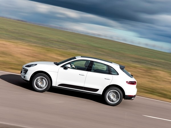 2015 Porsche Macan First Drive: A Hatchback SUV Worthy of the Porsche Crest 14