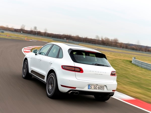 2015 Porsche Macan First Drive: A Hatchback SUV Worthy of the Porsche Crest 20
