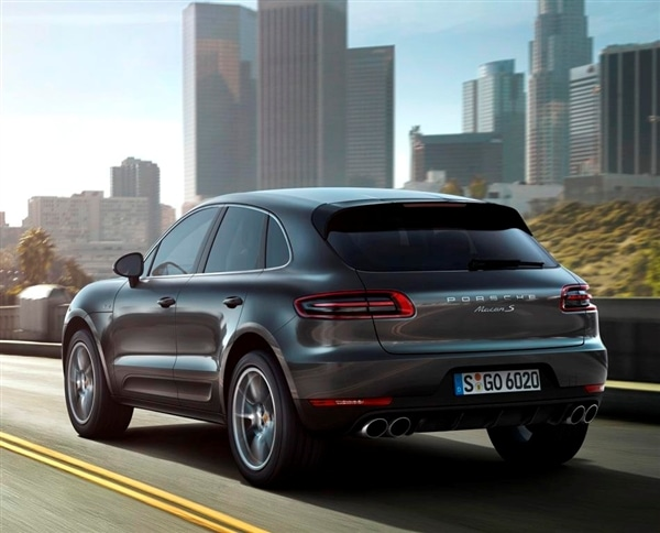2015 Porsche Macan unveiled at the 2013 Los Angeles Auto Show 34