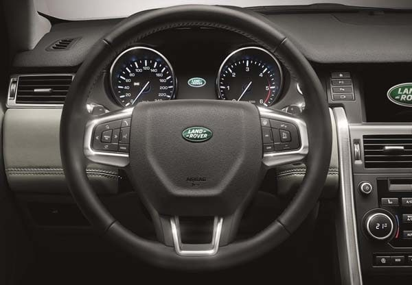 2015 Land Rover Discovery Sport unveiled 13