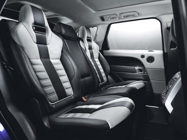 2015 Range Rover Sport SVR packs 550-hp 21