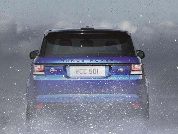 2015 Range Rover Sport SVR packs 550-hp 9