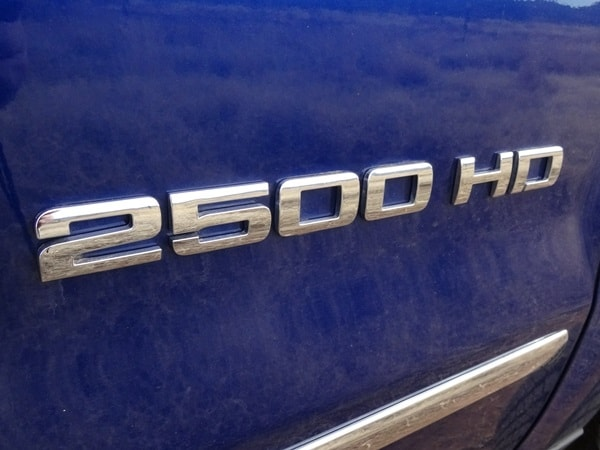 2015 Chevrolet Silverado/GMC Sierra HD First Drive: GM's resident heavyweights are in fighting form 15