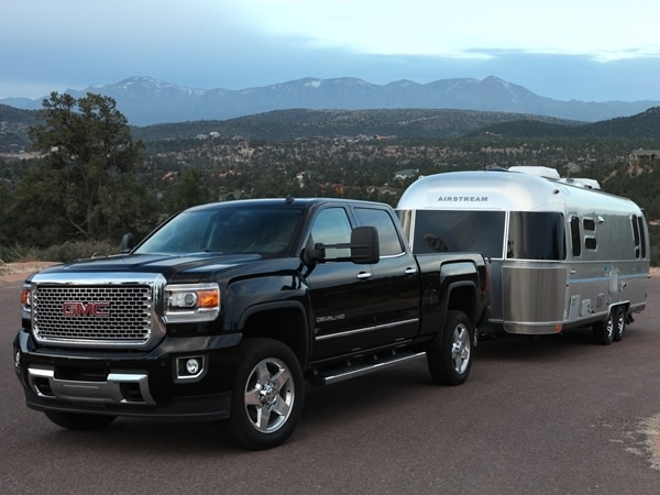 2015 Chevrolet Silverado/GMC Sierra HD First Drive: GM's resident heavyweights are in fighting form 45
