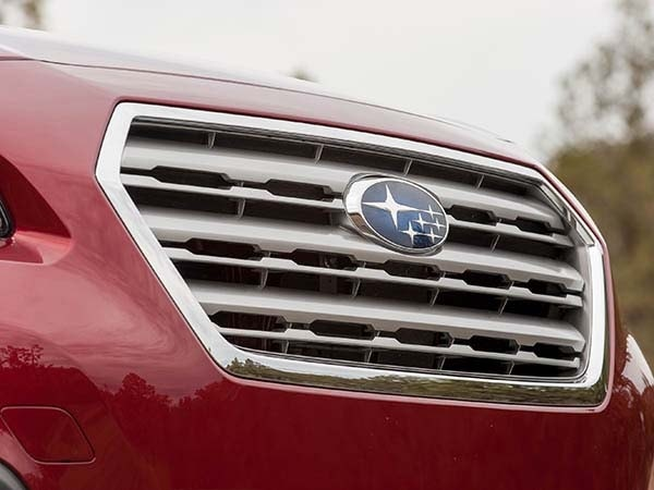 2015 Subaru Outback First Review 14