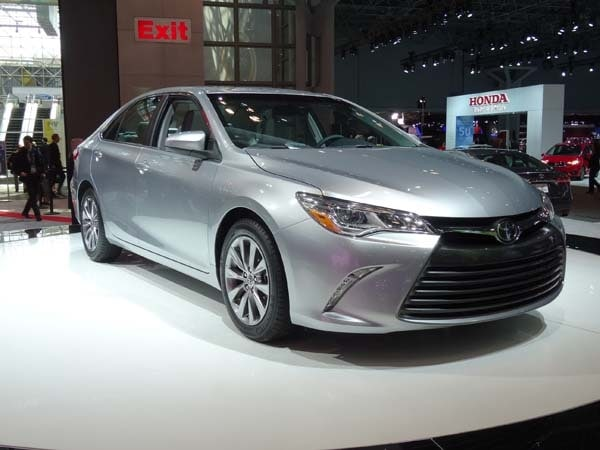 2015 Toyota Camry adds style, substance and spark