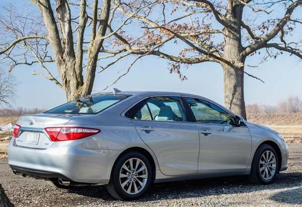 2015 Toyota Camry Adds Style Substance And Spark Kelley