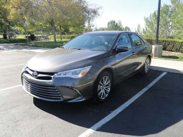 2015 Toyota Camry Xle V6 Quick Take Kelley Blue Book