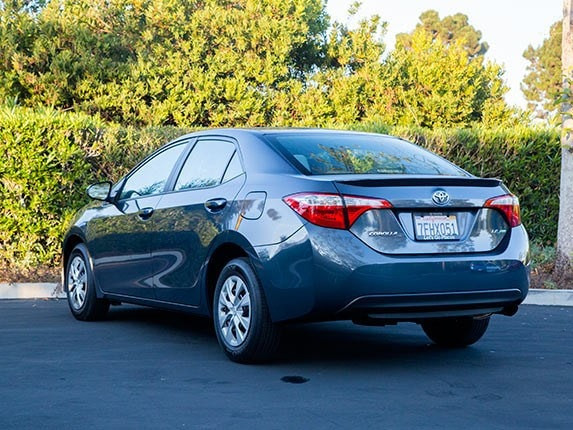 Compact Car Comparison: 2015 Toyota Corolla - Kelley Blue Book
