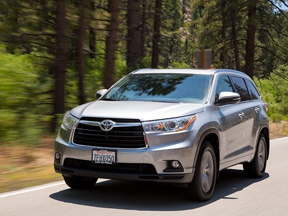 Midsize Suv Comparison Toyota Highlander Kelley Blue Book