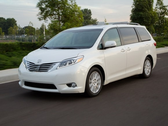 15 Best Family Cars: 2015 Toyota Sienna