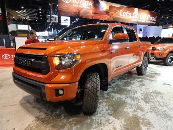 2015 toyota tundra tacoma 4runner trd pro bow in chicago kelley blue book. Black Bedroom Furniture Sets. Home Design Ideas