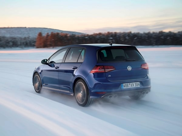 2015 Volkswagen Golf R First Drive: Fast and Frozen - Gen 7 1