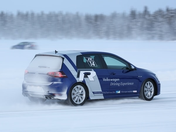 2015 Volkswagen Golf R First Drive: Fast and Frozen - Gen 7 23