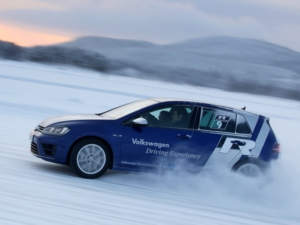 2015 Volkswagen Golf R First Drive: Fast and Frozen - Gen 7 28