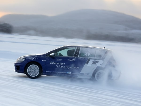 2015 Volkswagen Golf R First Drive: Fast and Frozen - Gen 7 38