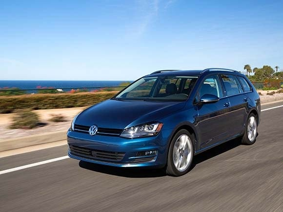 volkswagen golf sportwagen  review kelley blue book