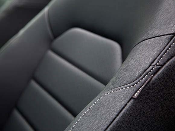 2015 volkswagen golf sportwagen first review kelley blue book. Black Bedroom Furniture Sets. Home Design Ideas