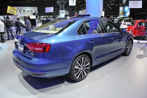 volkswagen jetta shows fresh face   york kelley blue book