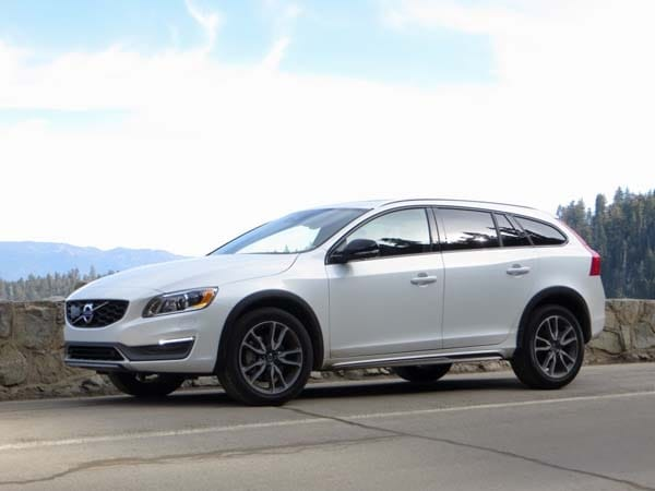 2015 5 Volvo V60 T5 Awd Cross Country First Review