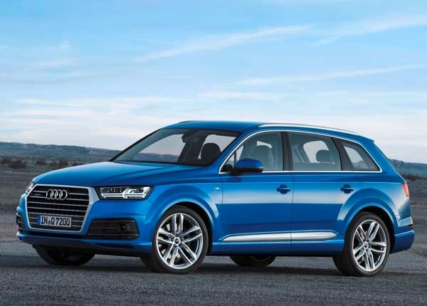 2017 Audi Q7 First Review: Tech It to the Limit, One More Time - Kelley Blue Book