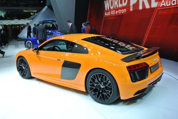 2016 Audi R8 V10 and V10 Plus set to stun - Kelley Blue Book