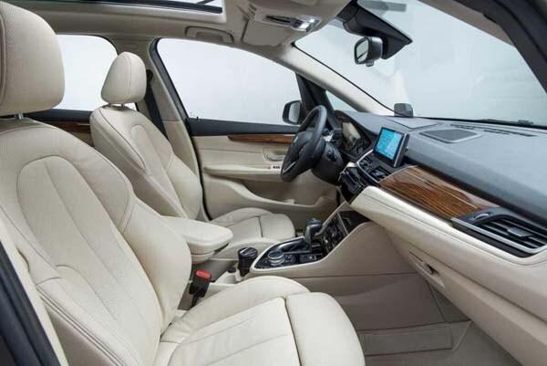 2016 BMW 2 Series Active Tourer unveiled 27