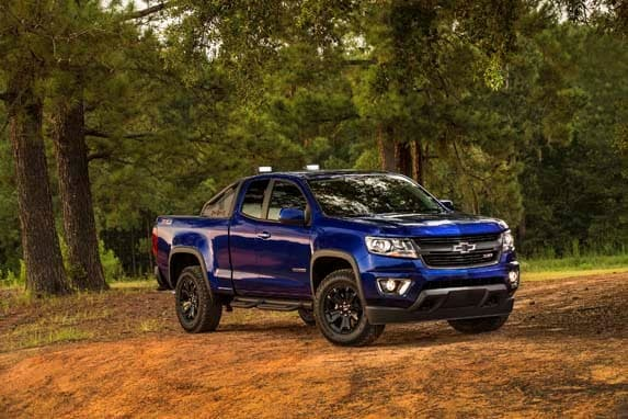 2016 chevrolet colorado diesel first review give diesel a chance. Black Bedroom Furniture Sets. Home Design Ideas